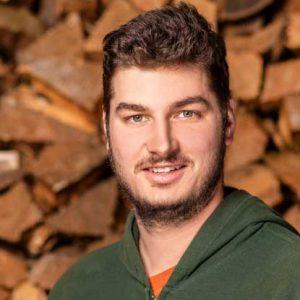 Garten- & Landschaftsbauer; Baumpfleger SKT-A/B; ASB I/II; FLL-zertifizierter Baumkontrolleur Kevin Geske